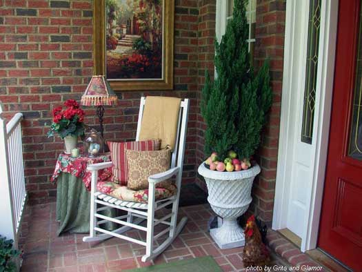 Outdoor artwork on this porch is lovely