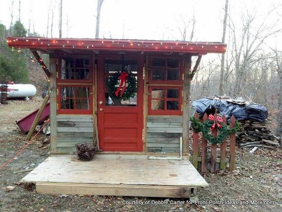Fia's playhouse is 8 feet by 10 feet