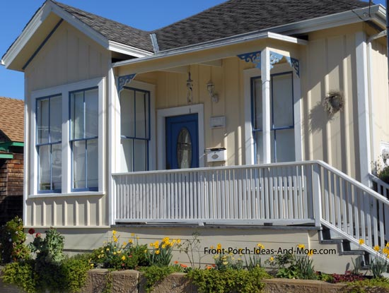 porch railing design using very closely spaced pickets
