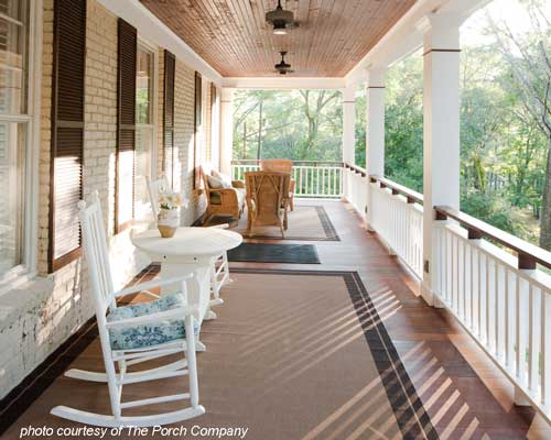 A pleasing porch design
