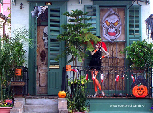scary halloween decorations New Orleans style