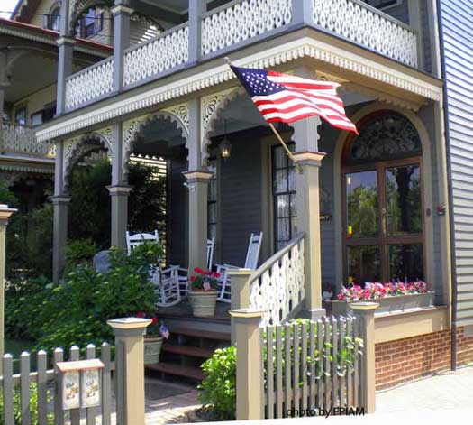 Patriotic Porches Never Go Out of Style