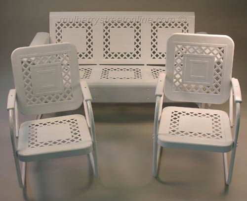 Vintage White Metal Outdoor Patio Furniture Set