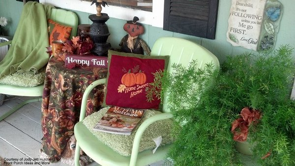 Jody's autumn porch is very refreshing in greens and cranberry