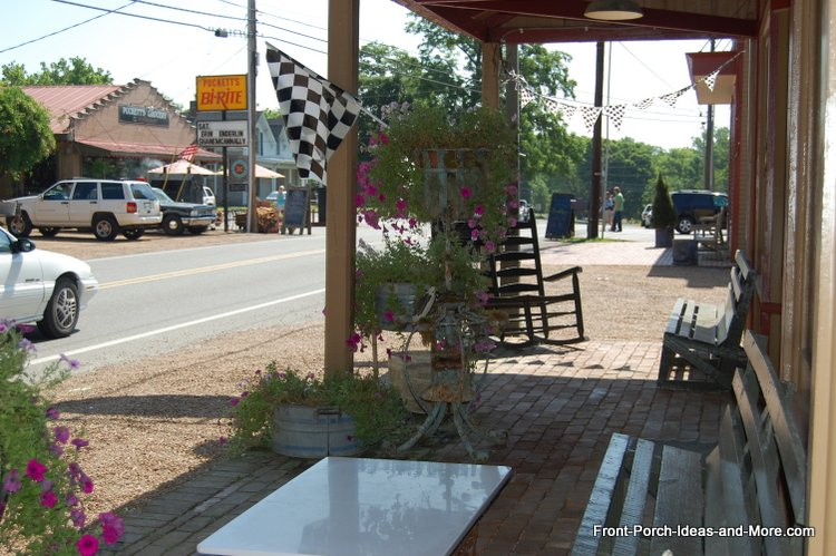 downtown Leipers Fork