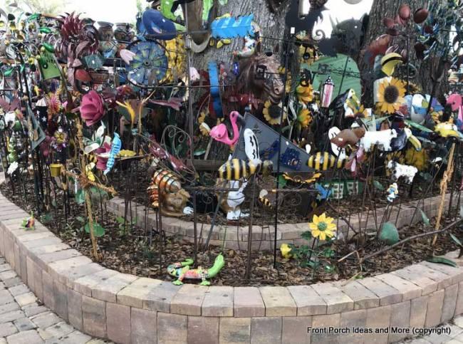 Yard Art Emporium - bees, gekkos, flamingo yard art