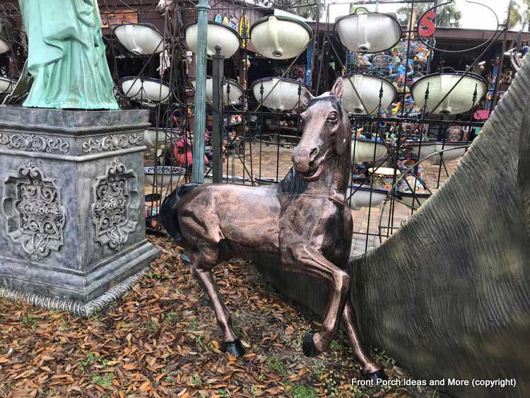 Yard Art Emporium - horse