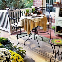 bloggers decorated porches for fall