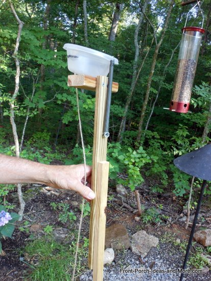 bird feeder gadget