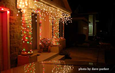 Columns Wrapped In Lights. Will Your Outdoor Christmas Light Decorating  Ideas ...