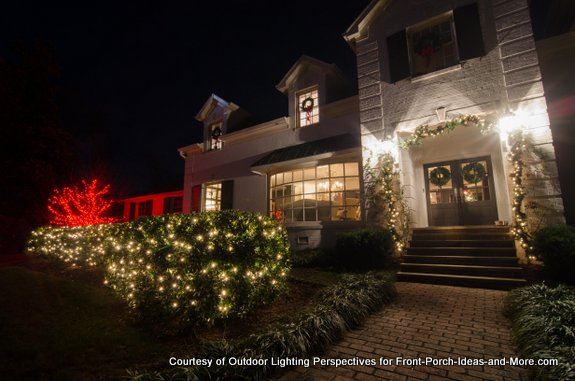 front porch and yard in christmas lights - How To Program Christmas Lights