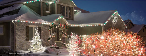 another beautiful House decorated with Christmas lights by Christmas Lites.com