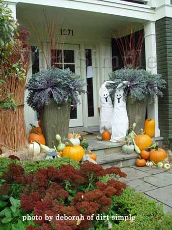 Professionally Decorated Halloween Porch