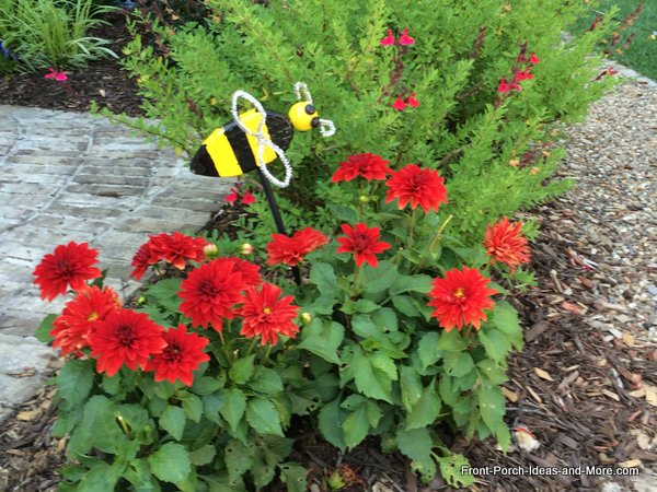 bumble bee decoration in yard