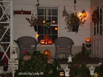 Halloween decorated porch
