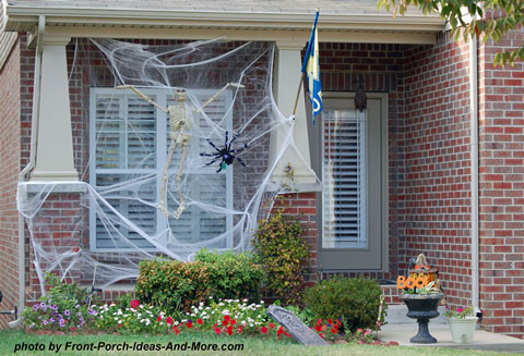 halloween spiderweb on front porch