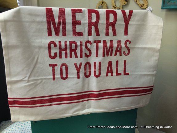 Merry Christmas written on tea towel at Dreaming in Color