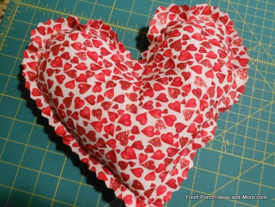 Mini valentine pillow - red