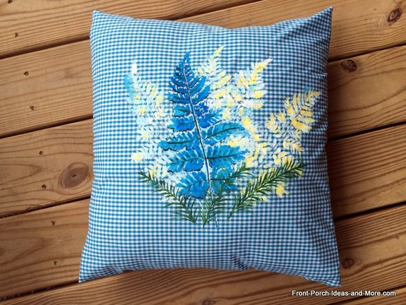 Summer pillow topper - with the finishing touches/