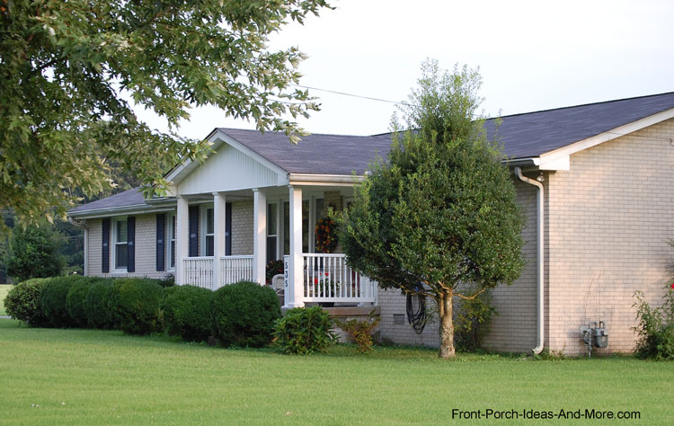 aesthetically pleasing ranch porch design with front porch