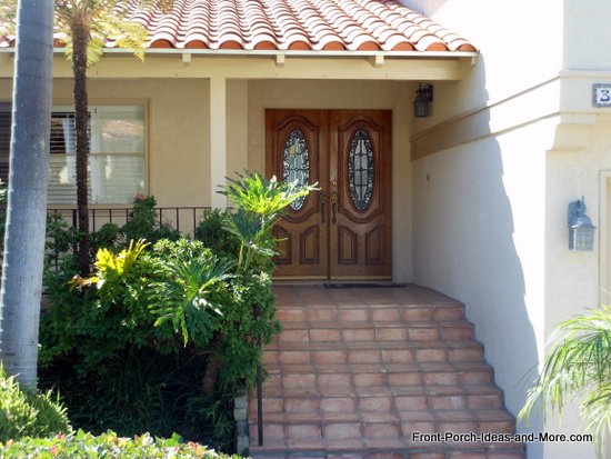 Rancho Palos Verdes front porch with tiled roof