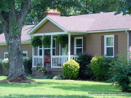 Explore the many types of porches that ranch homes may have!