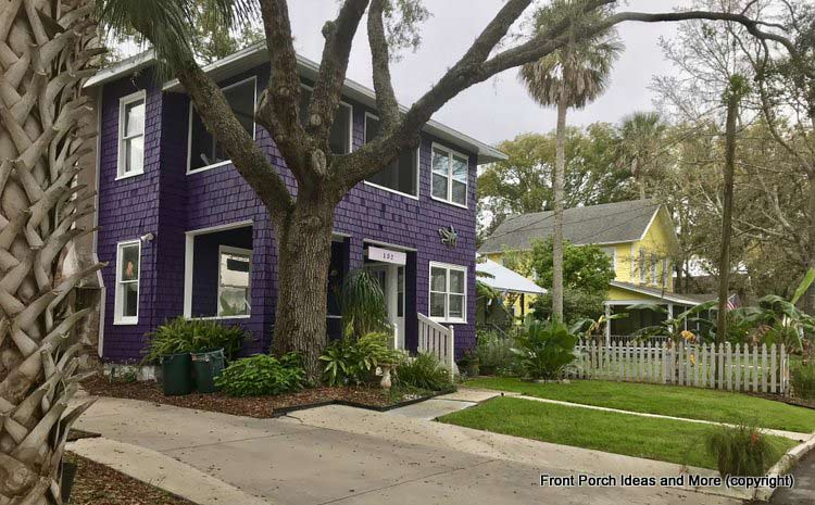St. Augustine homes with dramatic color