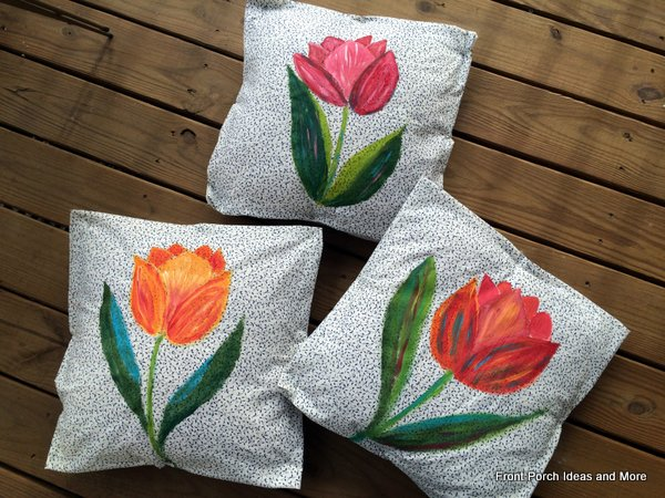 Spring decorating idea: tulip pillow toppers