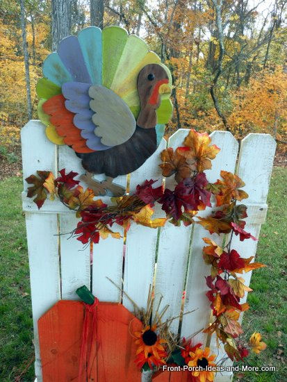 turkey on picket fences