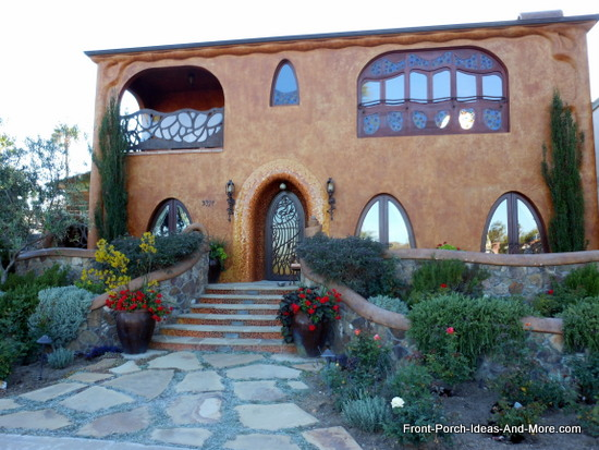 beautiful stucco home in Newport Beach California