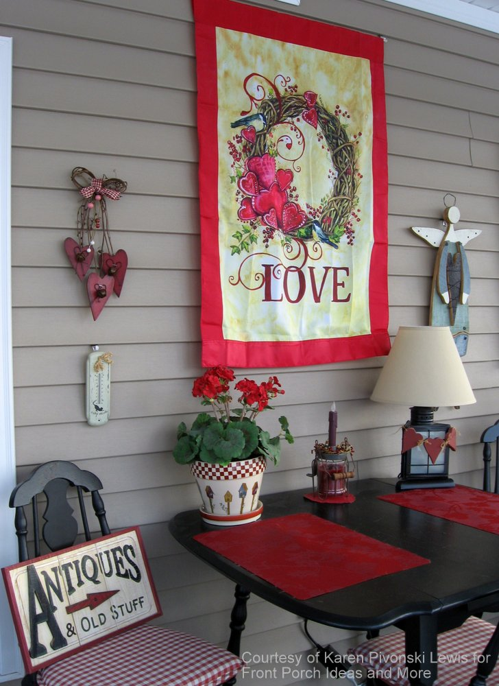 valentine decorations with table and chairs