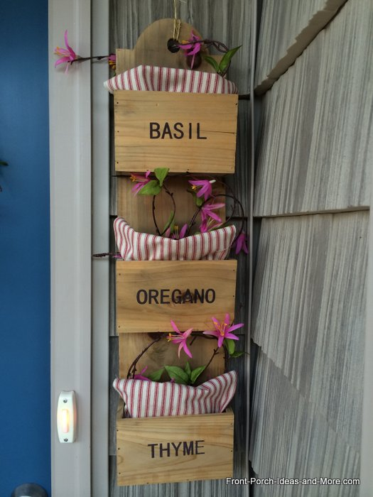 Wooden herb garden wall art is all set for Valentine Day