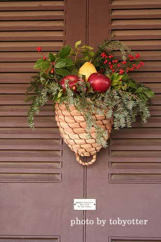 pine cone basket christmas wreath