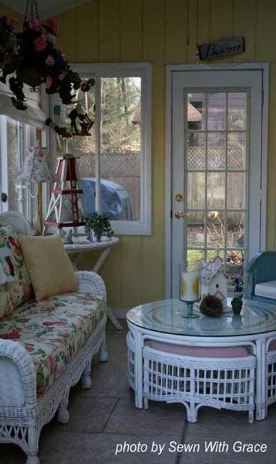 Easy decorating ideas for three season porch