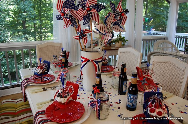Susan's patriotic tablescape