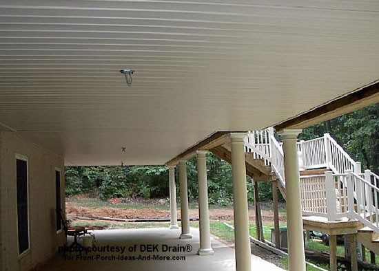 white ceiling under deck
