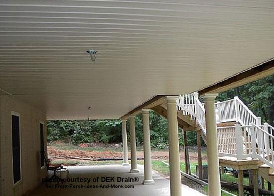 white ceiling under deck