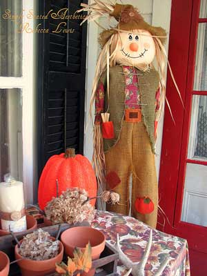 Scarecrow welcomes you