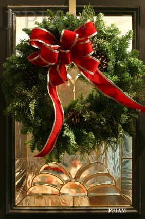 Beautful Front Porch Christmas Wreath