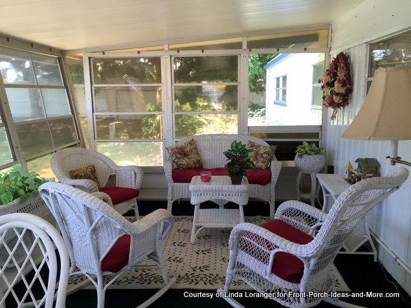 Comfortable inviting Florida room on mobile home