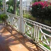 unique baluster pattern for front porch railings