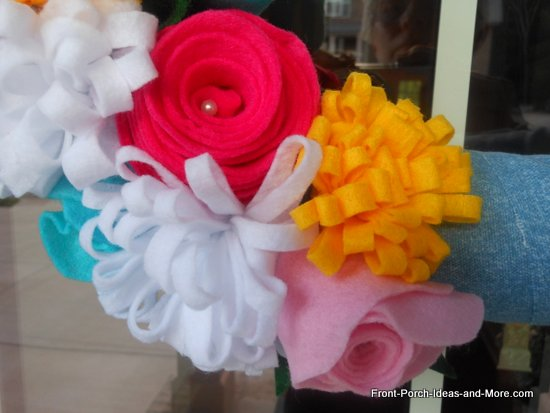 close-up of the felt flowers I made for this wreath